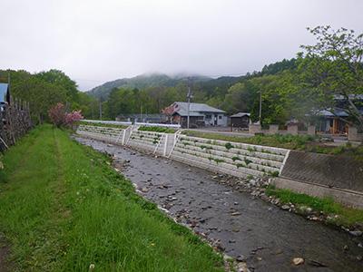 河川構造物設計(護岸工完成写真)